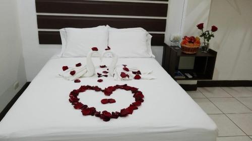 Gladys Room, La Ceiba