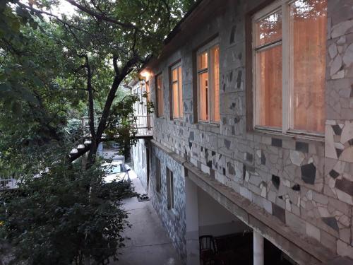 Guest house in Arzakan,Axveran,