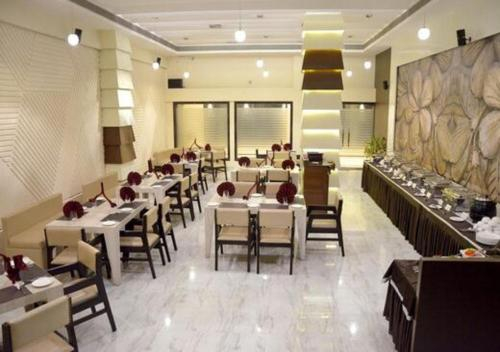 Hotel Silver Oak, Bilaspur