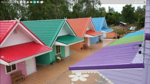 Vetcharak Resort, Yang Talat