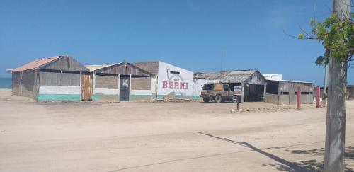 Hostal donde BERNI, Uribia