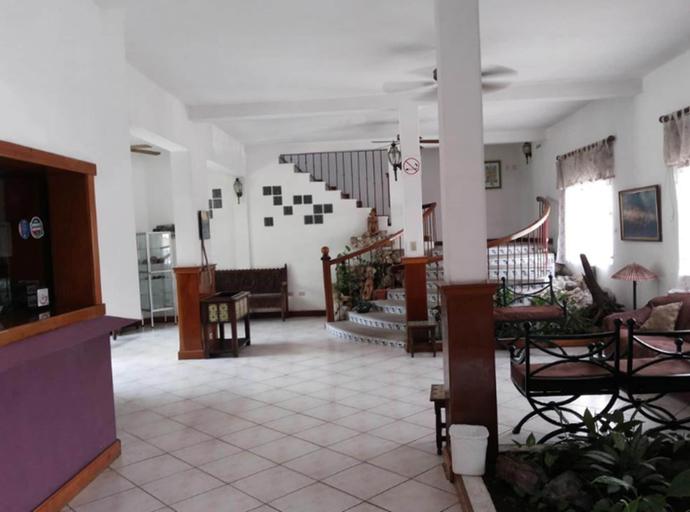 Apartamentos Casa Flores de Tikal, Flores