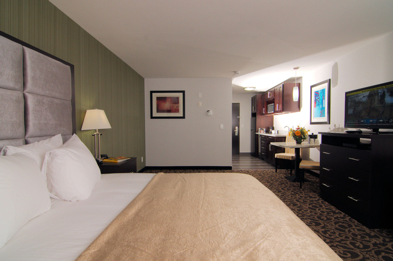 Paradise Inn and Suites Redwater, Division No. 11