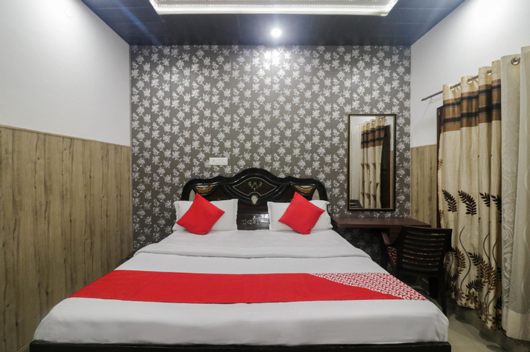OYO 48571 Deluxe Home Stay, Una