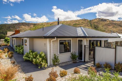 Tiger Hill on Clyde, Central Otago