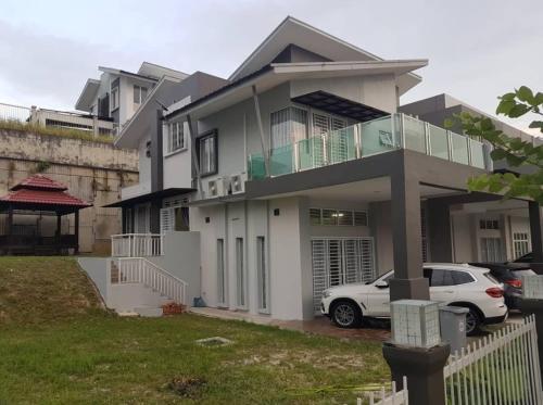 D Elegance Homestay Nong Chik Height, Johor Bahru