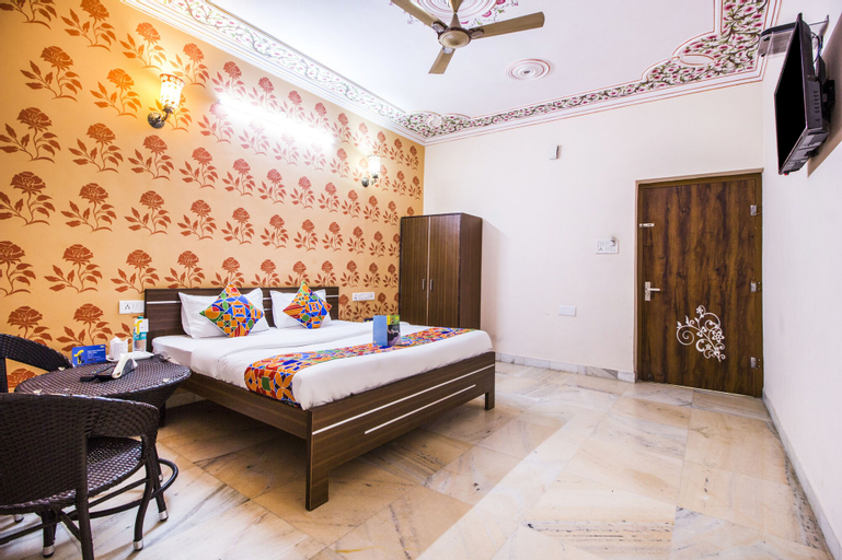 FabExpress White Palace, Jaipur