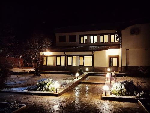 Къща за гости Луксия, Cherven Bryag