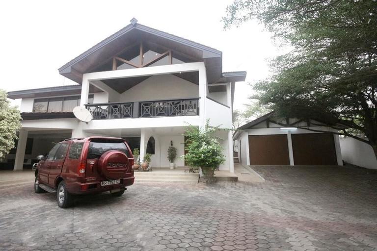 Villa Ayodele, Cape Coast