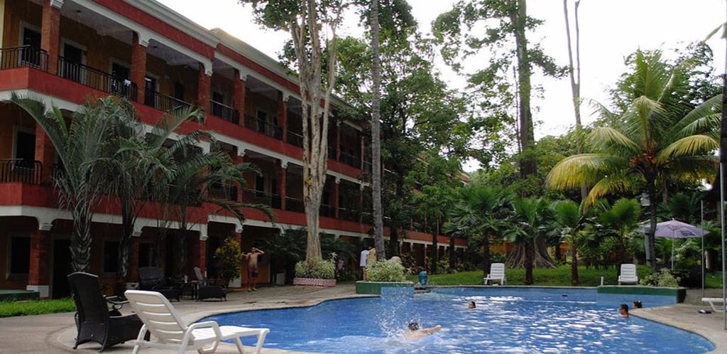 Hotel y Restaurante El Arco, Santa Cruz Muluá