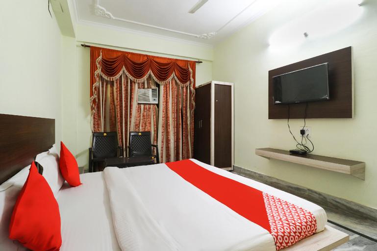 OYO 49323 Hotel Maharaja, Una