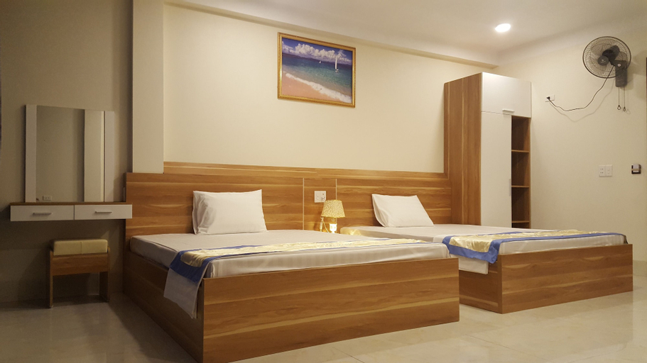 Sky Hotel, Hạ Long
