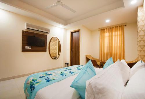 Hotel AP Suite Delhi Airport, West