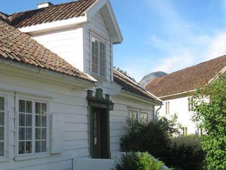 Vangsgaarden Gjestgiveri (Pet-friendly), Aurland