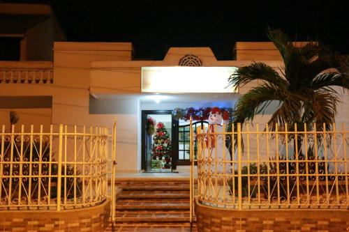 Hotel Alejandro's, Montelíbano