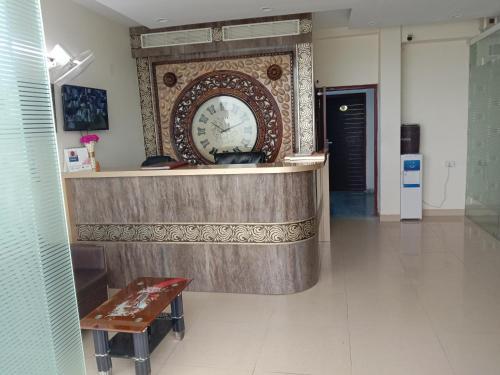 Hotel Voyages, Gautam Buddha Nagar