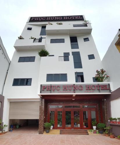 Phuc Hung Hotel, Lục Yên