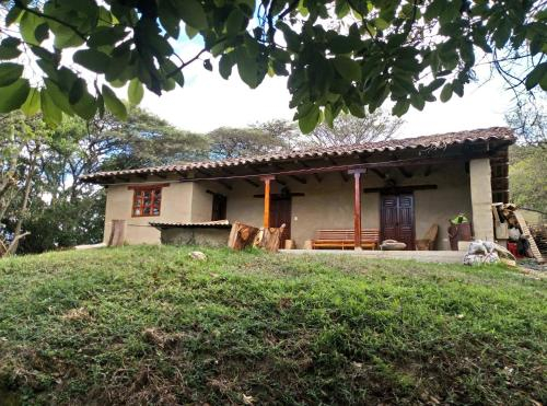 Refugio Finca Laguarango, Loja