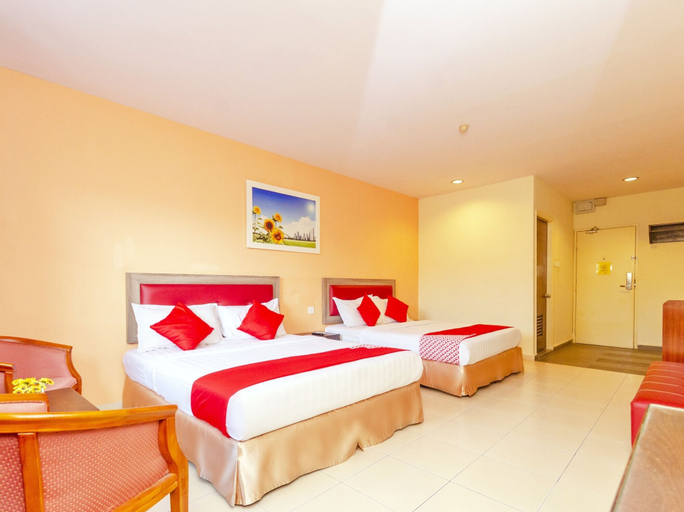 OYO 884 Sun Flower Express Hotel, Pontian
