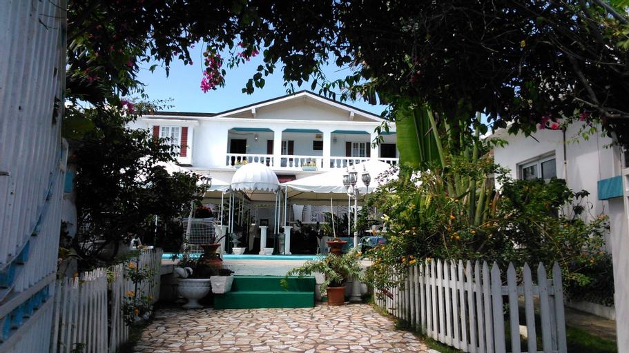 Hunter's Rest Villa,