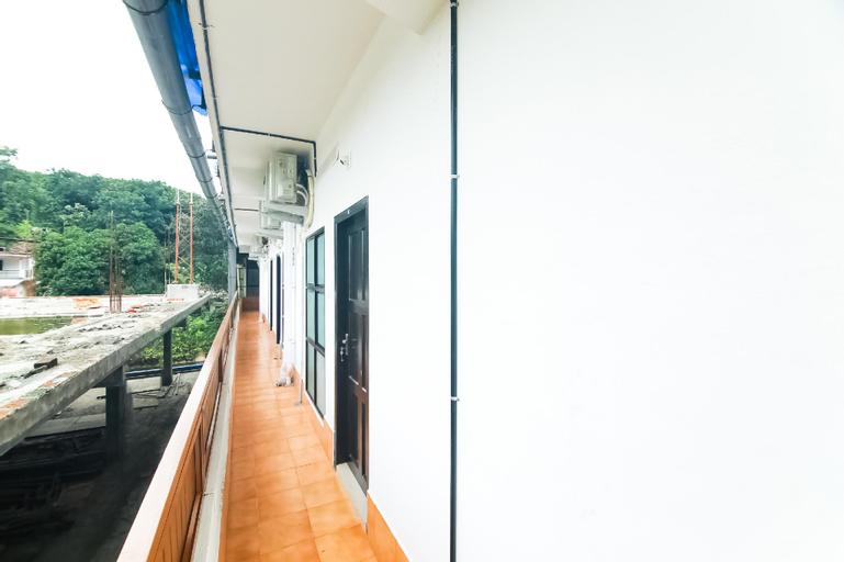 OYO 44137 Modern Tower, Kottayam