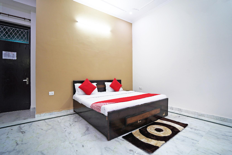 OYO 46425 Krishna Vedanand Residency, Gautam Buddha Nagar