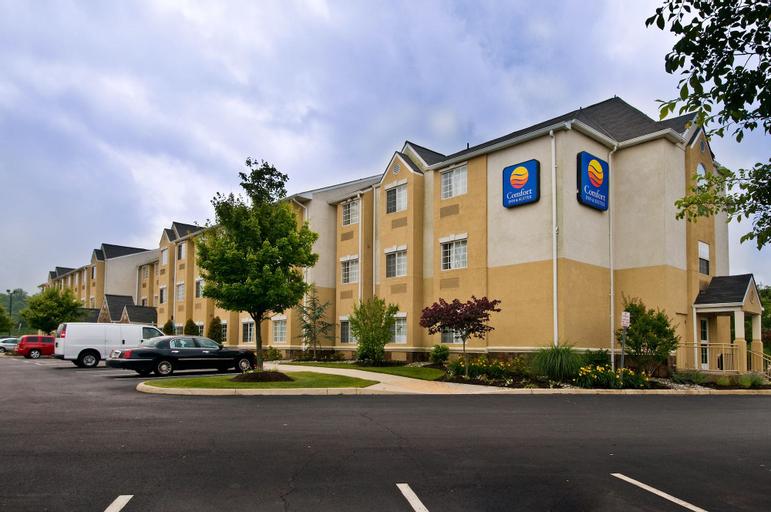 Comfort Inn & Suites Airport Dulles-Gateway, Loudoun