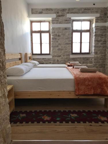 ERI Guest House, Gjirokastrës