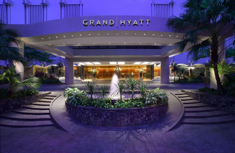 Grand Hyatt Singapore, Orchard