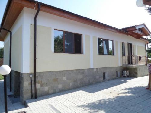 Къща ДУНАВСКИ РАИ, Novo Selo
