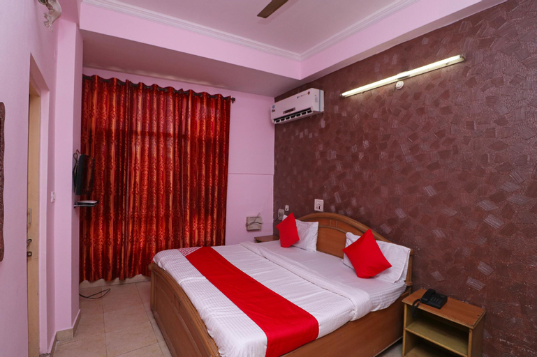 OYO 43425 Hotel Puri, Hamirpur
