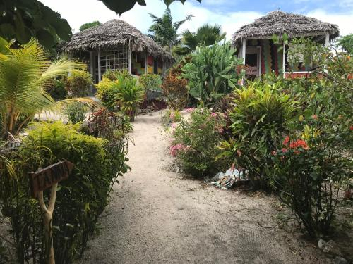 Tanna Hidden Treasure Bungalow, West Tanna
