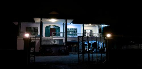 Khwahol Guesthouse, Don Sak