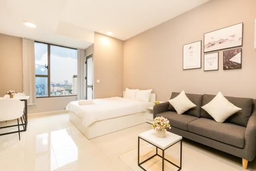 MAYLA APARTMENT- ROOFTOP POOL NEAR BUI VIEN AREA, Quận 4