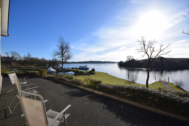 INISHCLARE COTTAGES, Fermanagh and Omagh