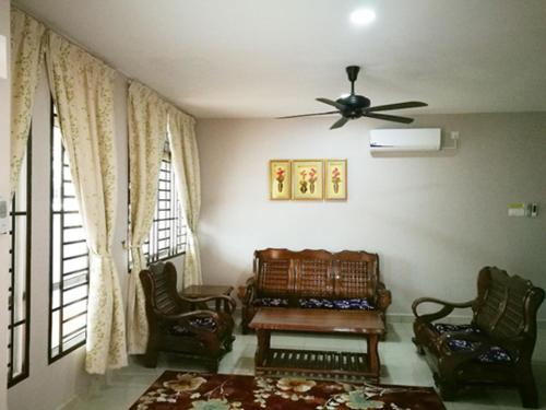 bed & breakfast, SPACIOUS for 9 pax, Johor Bahru