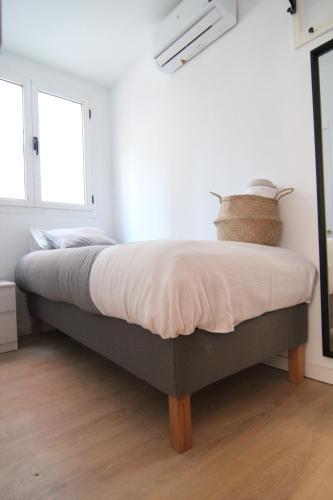 Habitacion con bano Priv-Junto a IFEMA y AEROPUERT2, Madrid