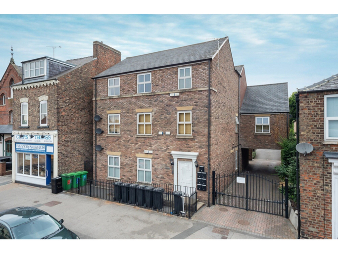 Bright & Modern, 1 Bedroom Apartment for up to 4, York