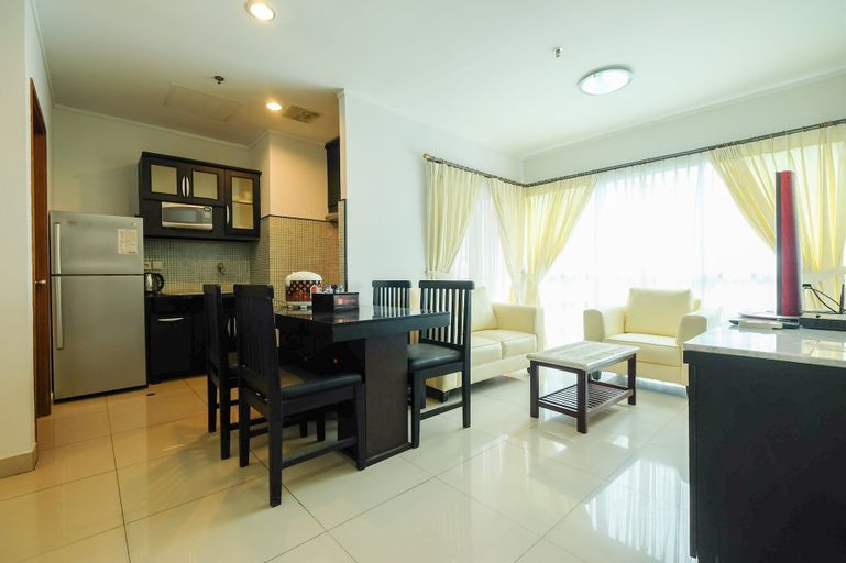 Exclusive Apartment @ Sahid Sudirman Residence near Shopping Mall, Central Jakarta
