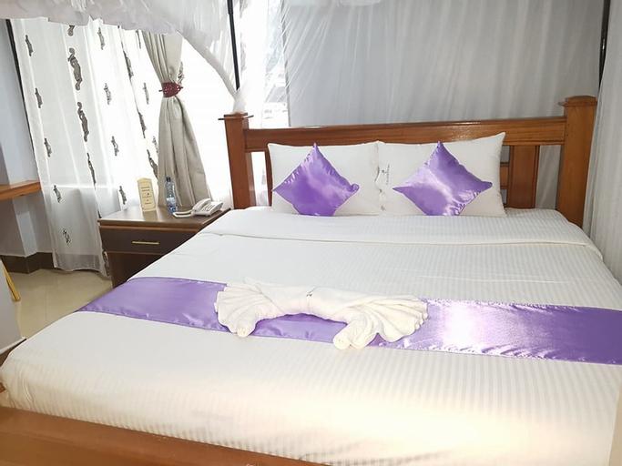Cannas Hotel, Nyaribari Chache