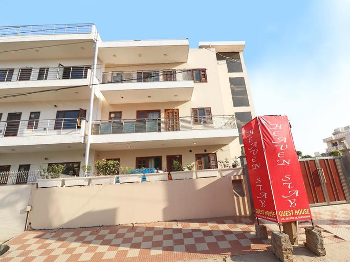 OYO 28453 Hotel Heaven Stay, Gurgaon