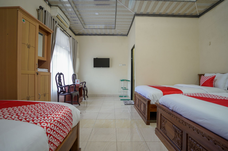 OYO 335 Wisma Empat Lima Syariah, Palembang