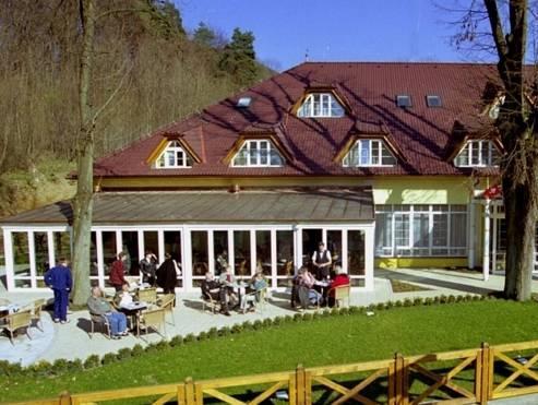 Parkhotel na Baracke, Trenčín