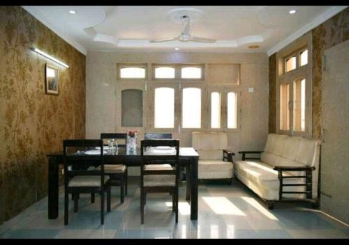 The Hotel Gold Inn, Gautam Buddha Nagar