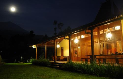 Ipienk Resort Tawamangu, Karanganyar