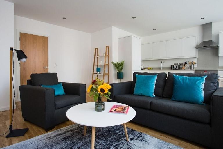 Flying Butler Croydon Apartment, London