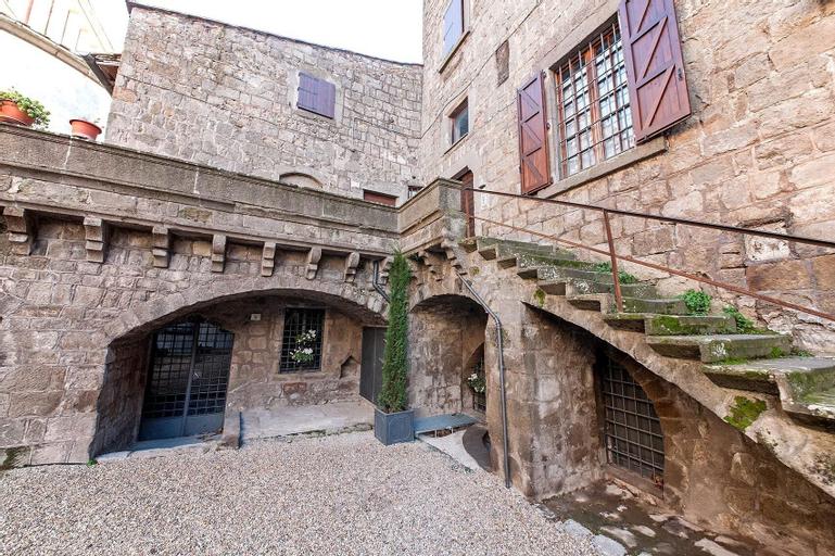 Corte Delle Nobili Temporary Home, Viterbo