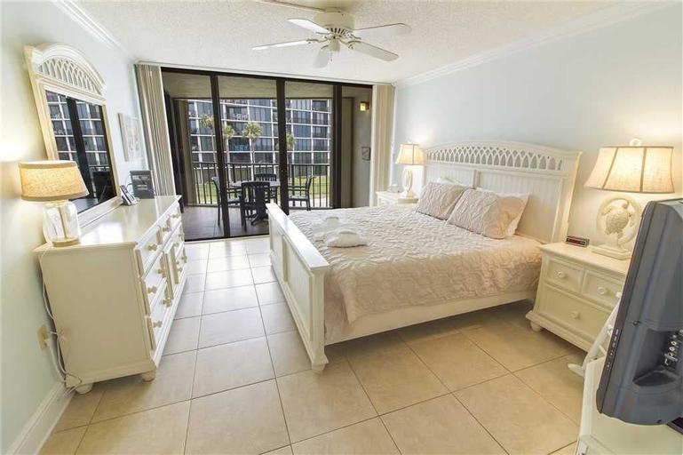 Captains Quarters 218 - Two Bedroom Condo, Saint Johns