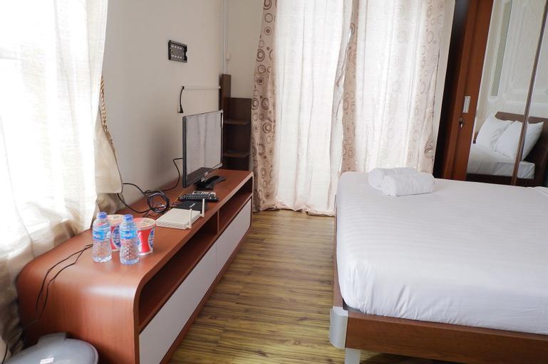 Minimalist Studio Room Saveria Apartment near AEON Mall & ICE BSD, Tangerang Selatan