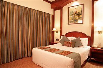 Hotel Vikram, West